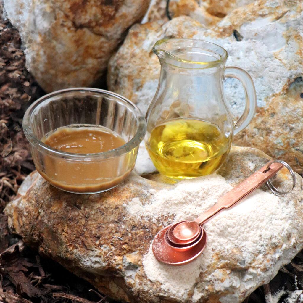 Thanaka and oil recipe 1